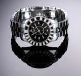 Dior 'Christal'. Dameur i stål med sort skive og brillanter, 2000'erne