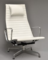 Charles Eames. Lounge chair, model EA-124 - 'Full Leather'