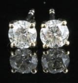 Earrings in 14k set with brillaint cut diamonds 0.90 ct