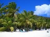 8 dages sejlkrydstogt med 'Running on Waves' tværs igennem det mangfoldige Caribien i en udvendig Standard kahyt for 2 personer fra + til Antigua, rejsetidsrum 07.12. - 14.12.2015
