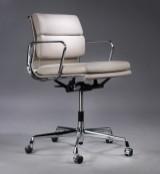 Charles Eames. Soft Pad kontorstol, model EA-217, beige læder