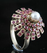 14kt. ruby and pearl ring