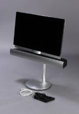 Bang & Olufsen. Beovision 7-32 fladskærms-tv med BeoLab 7.1 højttaler