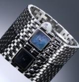 Cartier 'Panthere Ruban'. Dameur i stål med blå perlemorsskive, 2000'erne