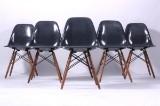 Charles Eames: Sæt på seks DSW skalstole i grå glasfiber (6)