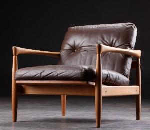 dansk design lænestol Slutpris för Lænestol, stel af eg, hynder dansk design lænestol