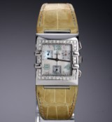 Omega 'Constellation Quadra'. Large ladies' chronograph in steel with diamonds, approx. 1998