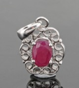 Ruby pendant in silver approx. 1.00ct