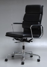 Charles Eames. Office chair with armrests, EA 219 'Full Leather'