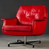 Roter Ledersessel / Loungesessel / Bürosessel
