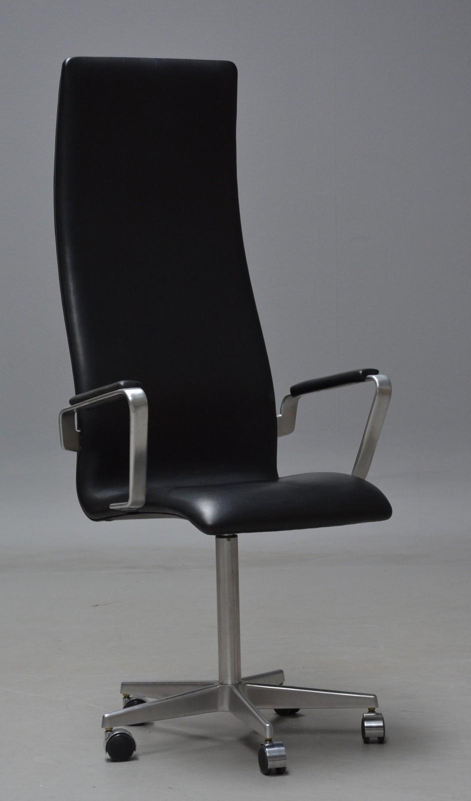 Arne Jacobsen. Højrygget Oxford kontorstol, model 3292